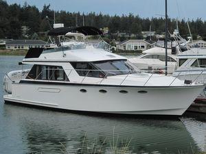 Used Ocean Alexander Sedan Cruiser Boat For Sale