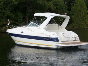 Used Cruisers Yachts 320 Express Cruiser Boat For Sale