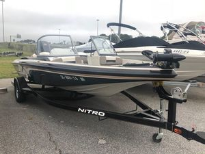 Used Nitro 27 Sports Fishing Boat For Sale