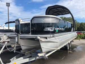 Used Avalon 2785 Ambassador Pontoon Boat For Sale