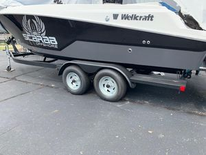New Wellcraft 242F242F Center Console Fishing Boat For Sale
