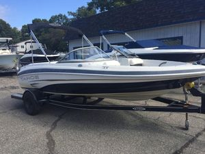Used Tahoe 19' Q419' Q4 Bowrider Boat For Sale