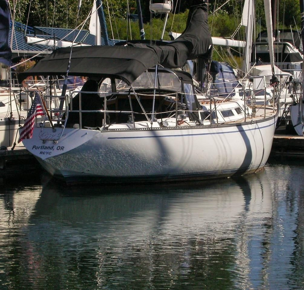 1983 Used Catalina 38 Cruiser Sailboat For Sale - $27,900 - Portland