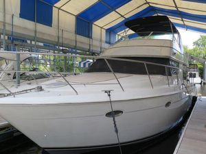 Used Carver 450 Voyager Pilothouse Motor Yacht For Sale