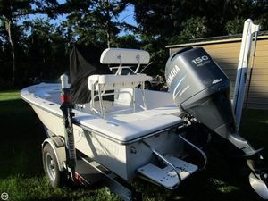 Used Pathfinder 2000 Bay Boat For Sale