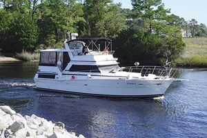 Used Viking 43 DCMY Motor Yacht For Sale