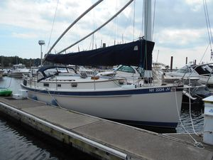 Used Nonsuch 33 Cruiser Sailboat For Sale