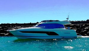 New Prestige 590 Motor Yacht For Sale