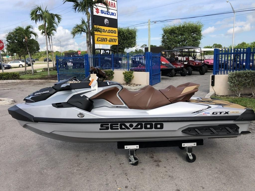 2019 New Sea-Doo GTX Limited 300 & Sound SystemGTX Limited