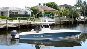 Used Jupiter 31 FORWARD SEATING Center Console Fishing Boat For Sale