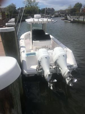 Used Everglades 255 Center Console Center Console Fishing Boat For Sale