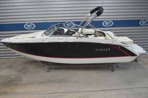 New Cobalt R3R3 Runabout Boat For Sale