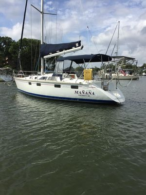 Used Hunter Legend 35.5 Cruiser Sailboat For Sale