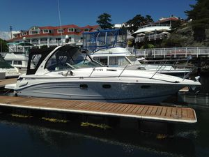 Used Four Winns Vista 348 Express Cruiser Boat For Sale