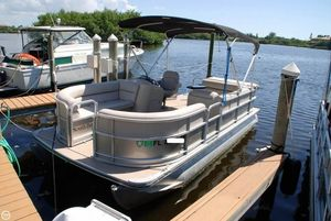 Used South Bay 20 Saltwater Edition Pontoon Boat For Sale