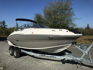 Used Stingray 214 LR Bowrider Boat For Sale