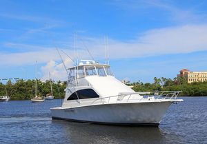 Used Ocean Yachts 57 Super Sport Covertible Flybridge Boat For Sale