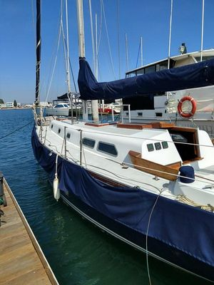 Used Ericson 41 Racer and Cruiser Sailboat For Sale