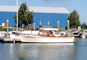 Used Dyer 29 Bass Boat Motor Yacht For Sale