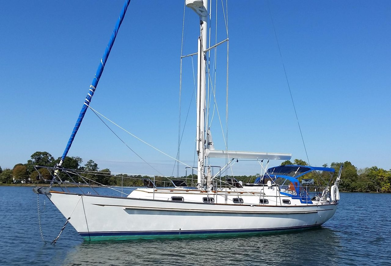 1988 Used Passport 37 Sloop Sailboat For Sale - $89,000 - Annapolis