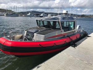 Used Life Proof 27 Full Cabin High Performance Boat For Sale