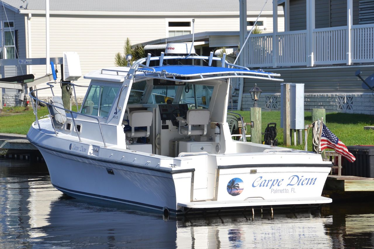 2000 Used Albin 28 Tournament Express Cruiser Boat For Sale