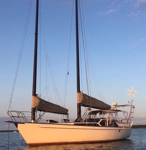 Used Freedom 39 PH Schooner Sailboat For Sale