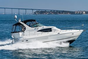 Used Cruisers Yachts 4450 Express Bridge Motor Yacht For Sale
