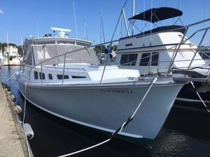 Used Dyer 40 Express Cruiser Boat For Sale