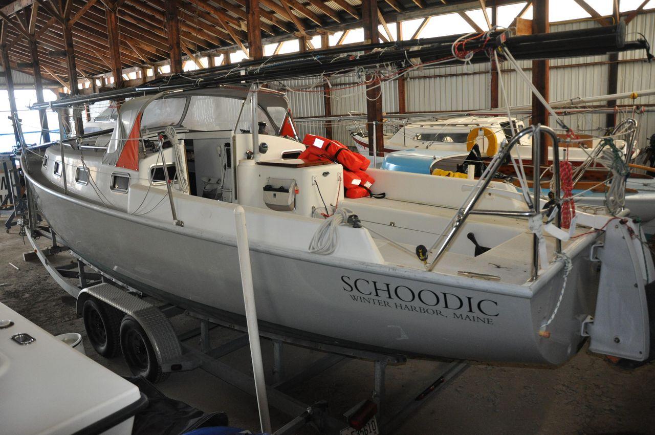 2010 Used Union Presto 30 Sharpie Daysailer Sailboat For Sale