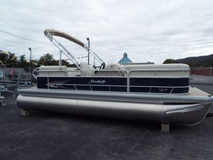 New Sweetwater Sunrise 226CSunrise 226C Pontoon Boat For Sale