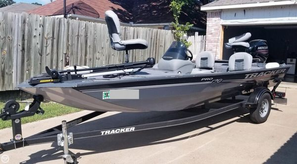 Used Tracker Pro 170 Bass Boat For Sale