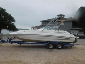 Used Glastron Dx235 Bowrider Boat For Sale