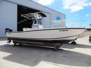 Used Mako 232 DLX Center Console Fishing Boat For Sale