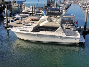 Used Symbol 390 Sedan Motor Yacht For Sale