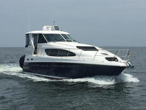 Used Sea Ray 40 Motor Yacht Cruiser Boat For Sale