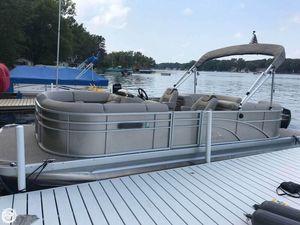 Used Bennington 22SSRX Pontoon Boat For Sale