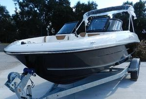 New Bayliner VR 4VR 4 Deck Boat For Sale