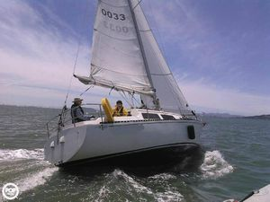 Used Islander Sailboats Bahama 30 Racer and Cruiser Sailboat For Sale