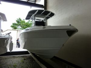 Used Robalo 220 Center Console Center Console Fishing Boat For Sale