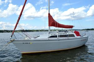 Used O'day 272 LE Diesel Cruiser Sailboat For Sale