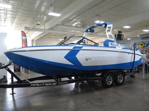 New Nautique Super Air Nautique G25 High Performance Boat For Sale