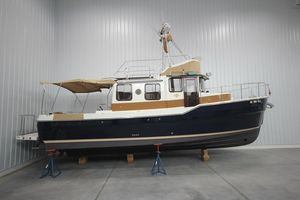 Used Ranger Tugs R-31 Command Bridge Trawler Boat For Sale