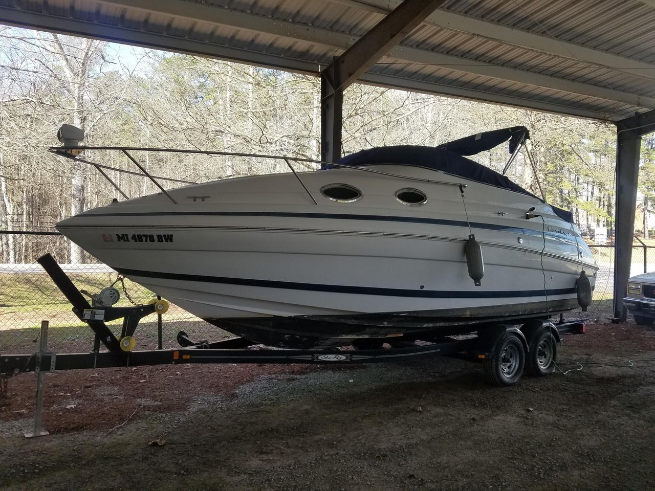 2001 Used Chris-Craft 248 Express Cruiser Boat For Sale - $13,500
