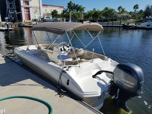 Used Nautic Star 203 SC Deck Boat For Sale