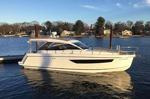 Used Sealine S330 Express Cruiser Boat For Sale