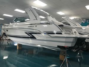 New Formula 330 Crossover Bowrider Boat For Sale
