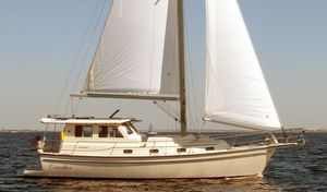 Used Island Packet SP Cruiser-motorsailer Cruiser Sailboat For Sale
