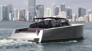 Used Vandutch 55 Express Cruiser Boat For Sale