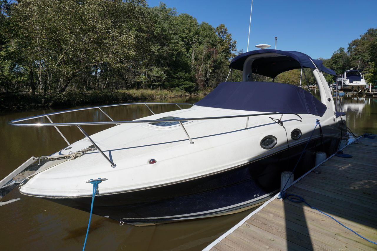 2005 Used Sea Ray Sundancer 260 Express Cruiser Boat For Sale